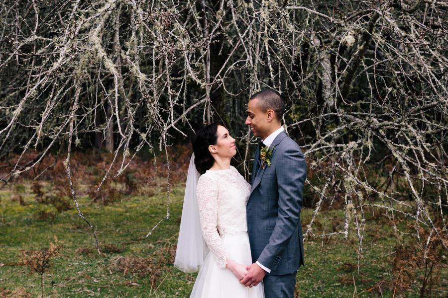 bride-groom-portrait-photograph-wedding-dead-tree-moss-forest-garden-spring