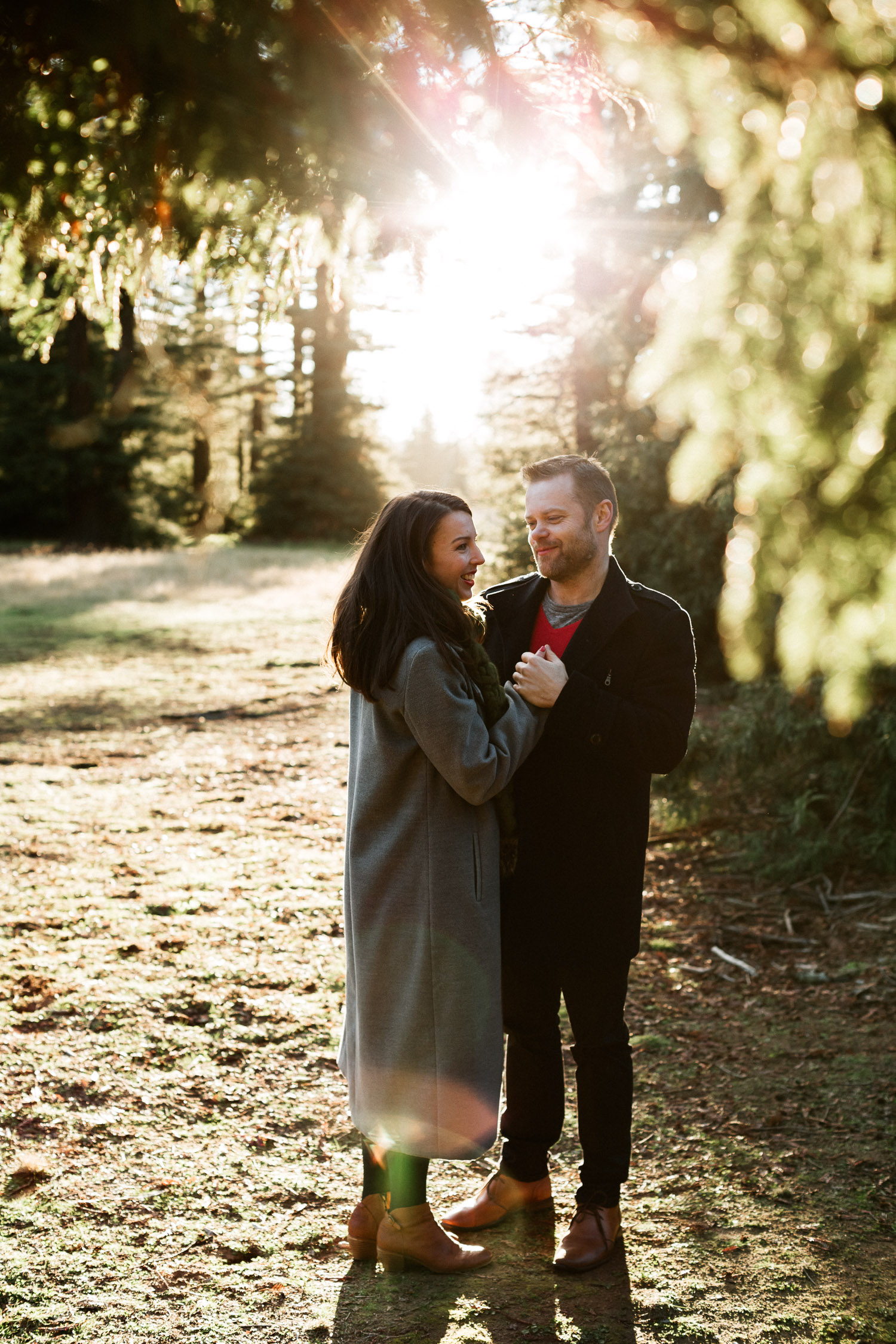 canberra-engagement-photographer-natural-candid-documentary-portrait-couple