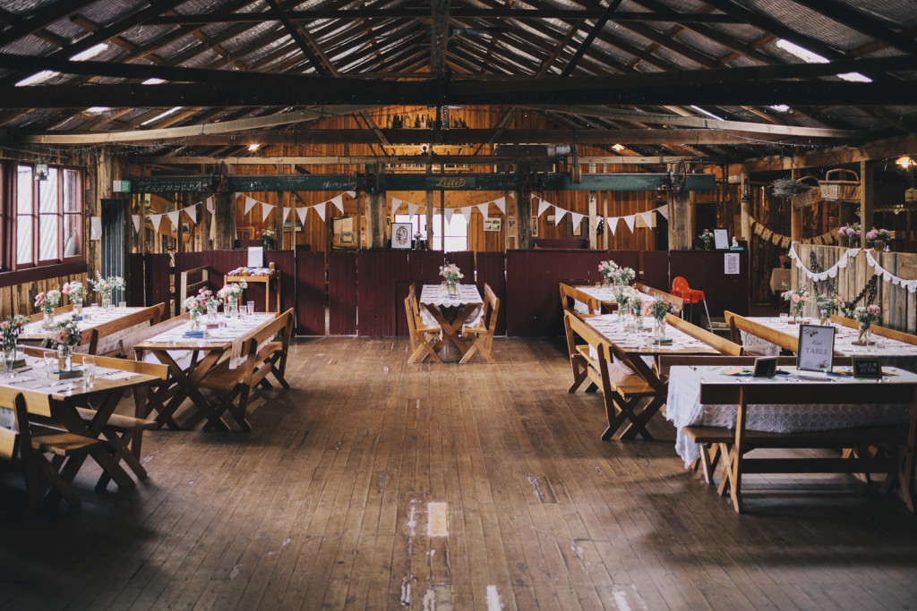 garanvale-woolshed-wedding-ceremony-reception-venue-country-new-south-wales